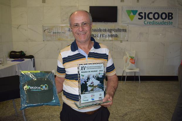 Pai de Lucas Barros Cassim – 1º Lugar Cereja Descascado – Eugenópolis
